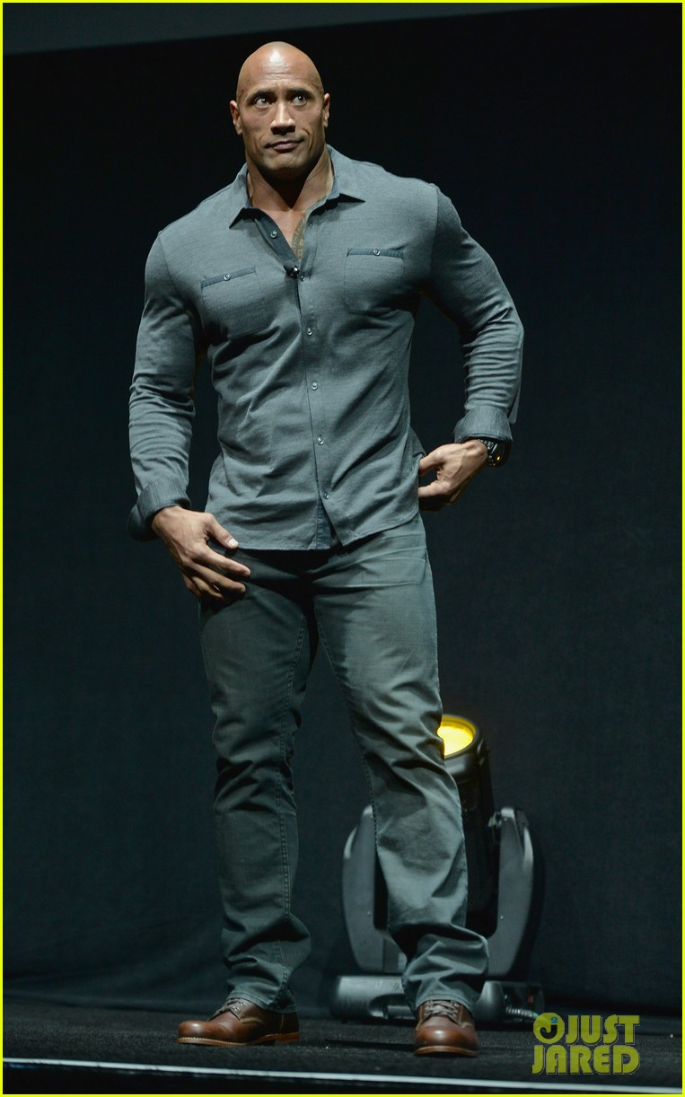 duane the rock johnsons ripped shirtless body is on our minds after watching hercules trailer 013078377