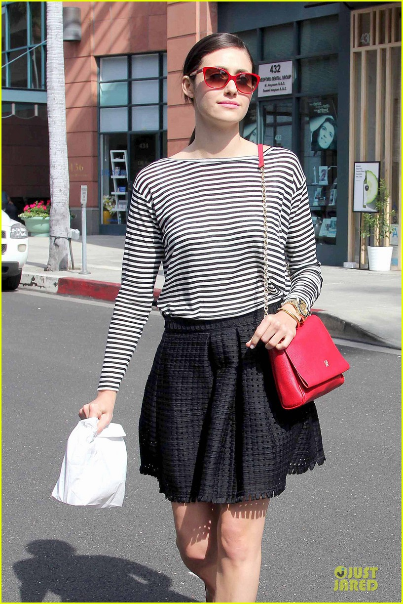 emmy rossum being naked for a role is easy 083066299