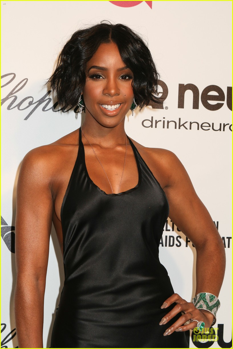kelly rowland skylar grey heat up elton john oscars party with revealing dresses 123065019