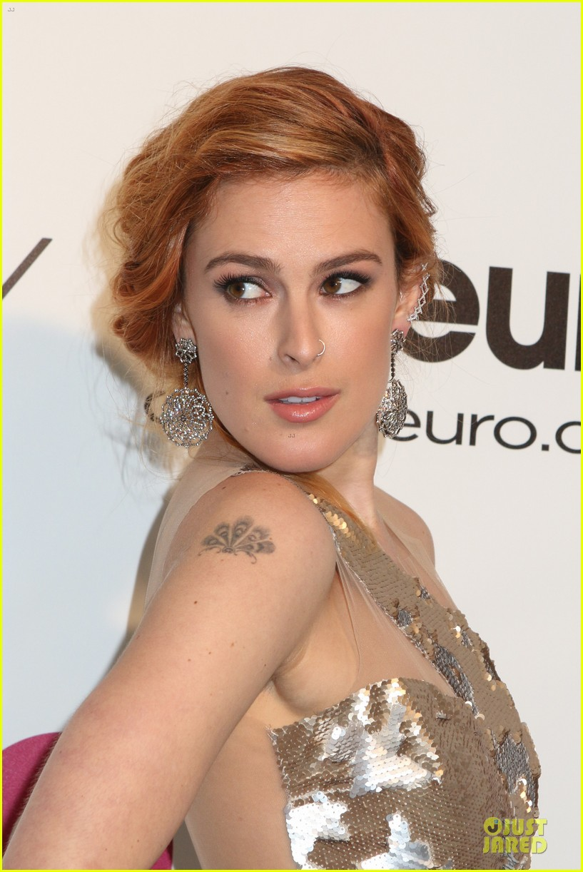 rumer willis stuns in metallic dress at elton john oscars party 2014 123064370