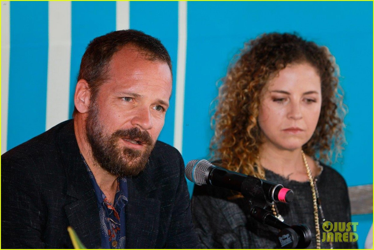 peter sarsgaard presents film at riviera maya film festival 03