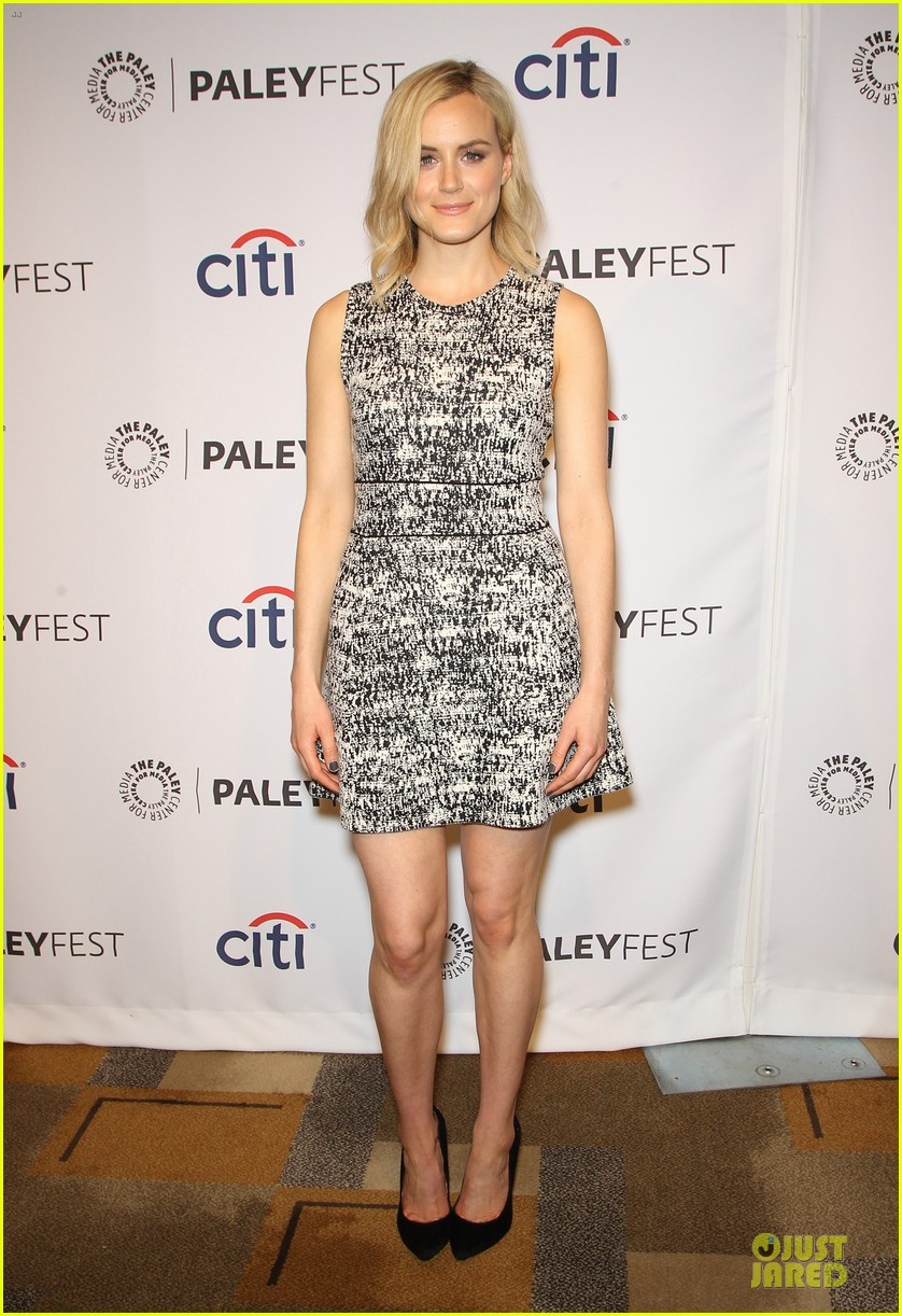 taylor schilling laura prepon orange is the new black paleyfest 233072405
