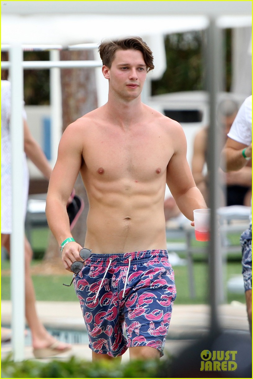 patrick schwarzenegger six pack abs miami spring break 023081566