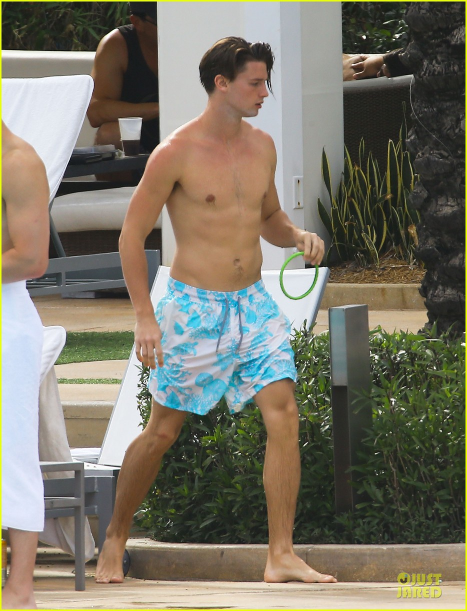 patrick schwarzenegger friday better with shirtless body 033080844