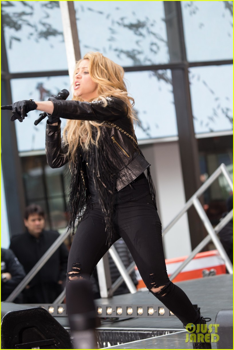 shakira brings the house down with hips dont lie empire on today show 043078860