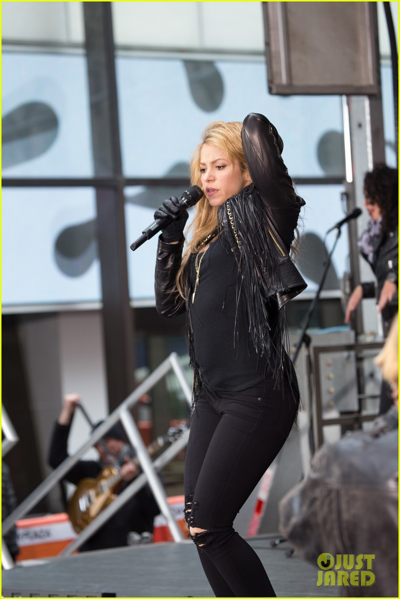 shakira brings the house down with hips dont lie empire on today show 053078861