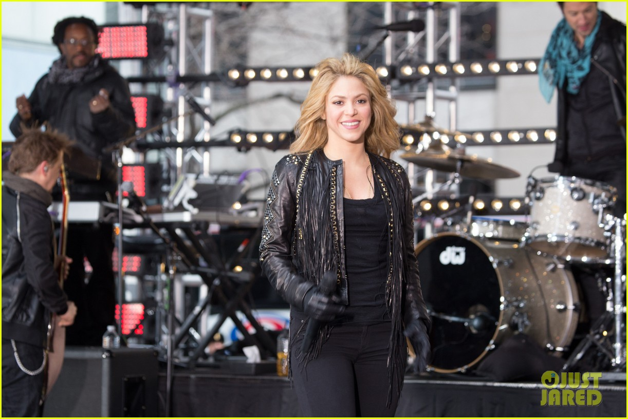 shakira brings the house down with hips dont lie empire on today show 14