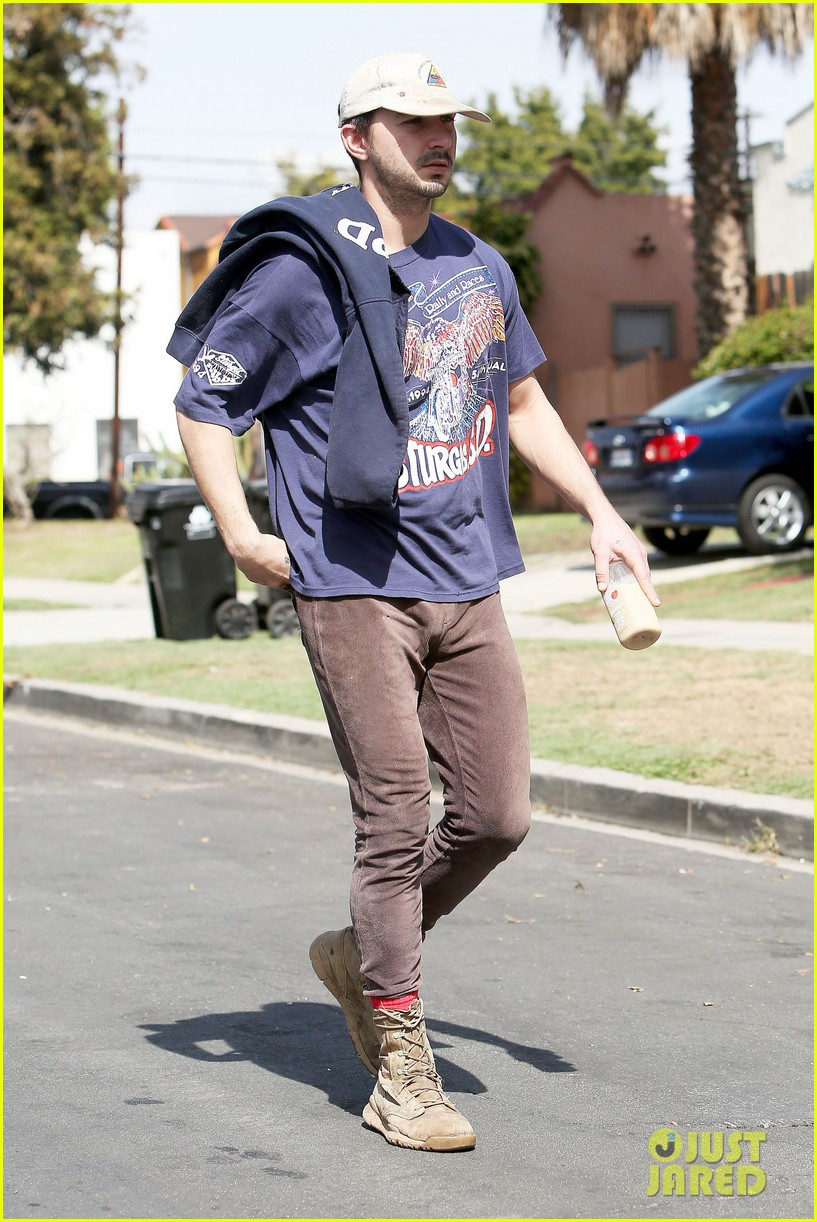 shia labeouf finds a parking ticket on his windshield after workout 063065960