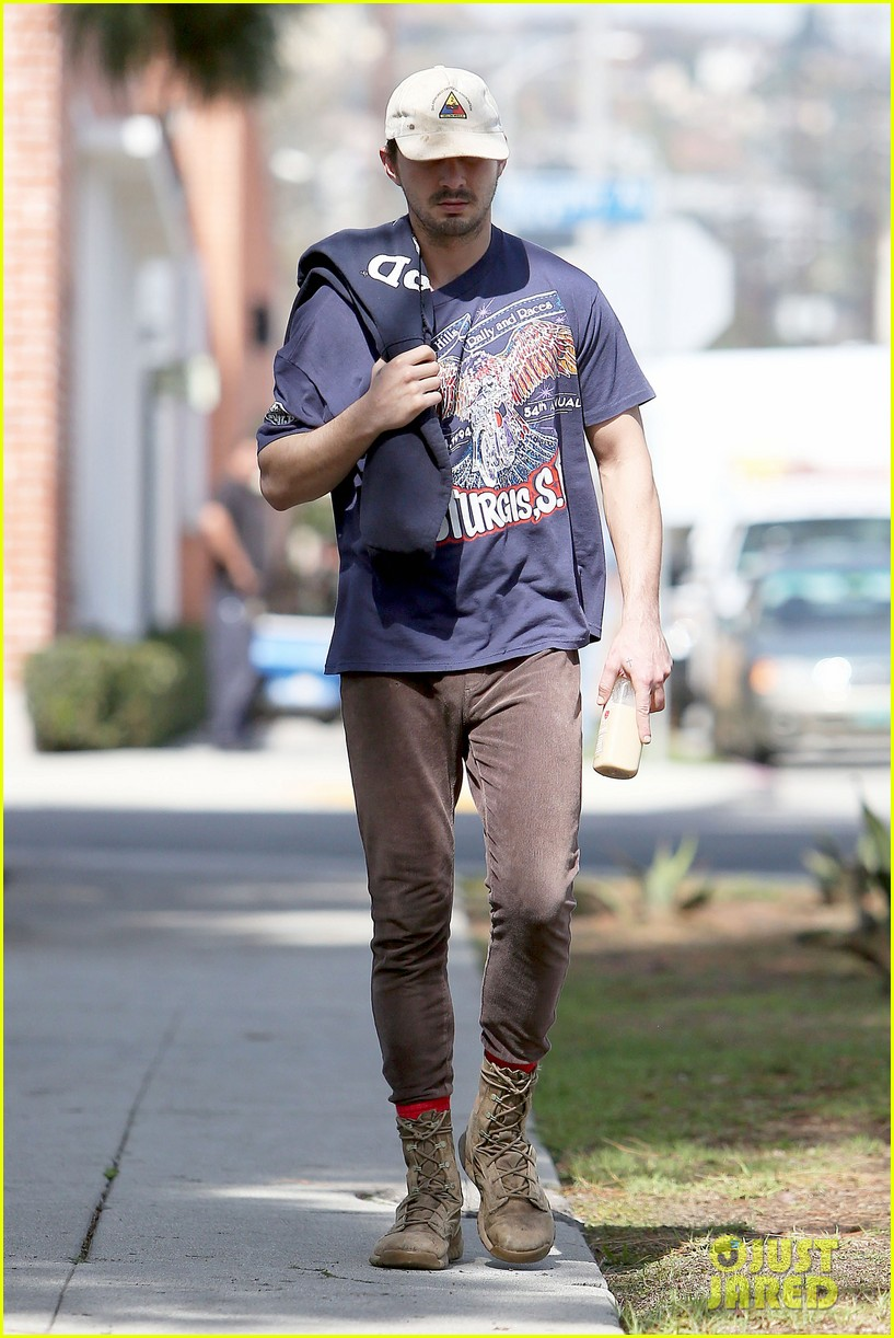 shia labeouf finds a parking ticket on his windshield after workout 183065972