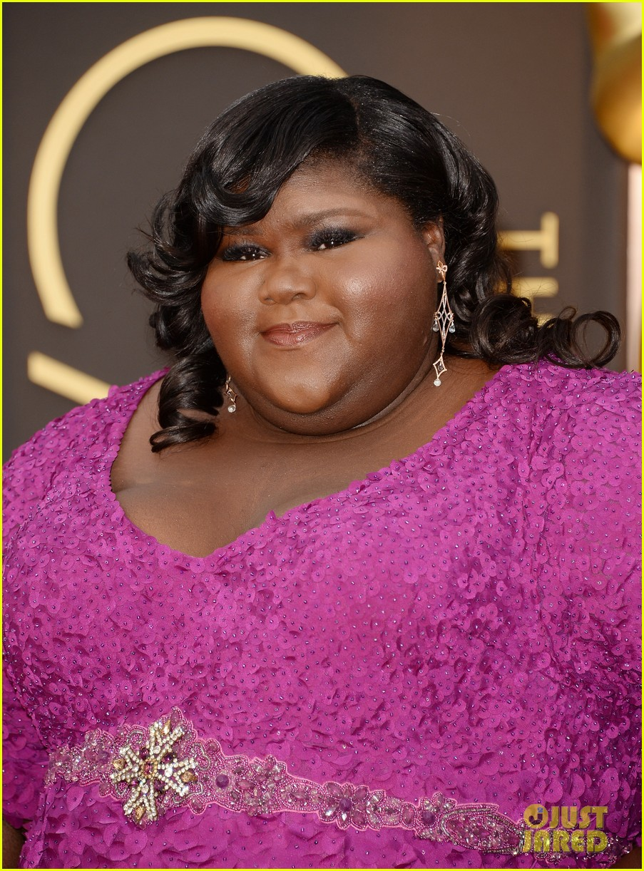 gabourey sidibe gets to work on oscars 2014 red carpet 033064030