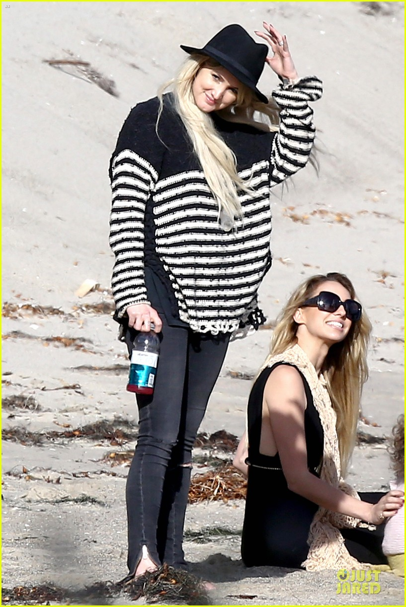 ashlee simpson evan ross beach with diana ross 093080798