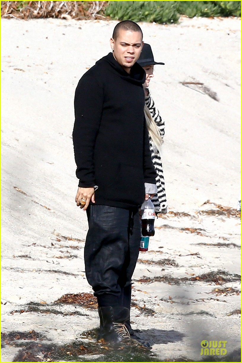 ashlee simpson evan ross beach with diana ross 123080801
