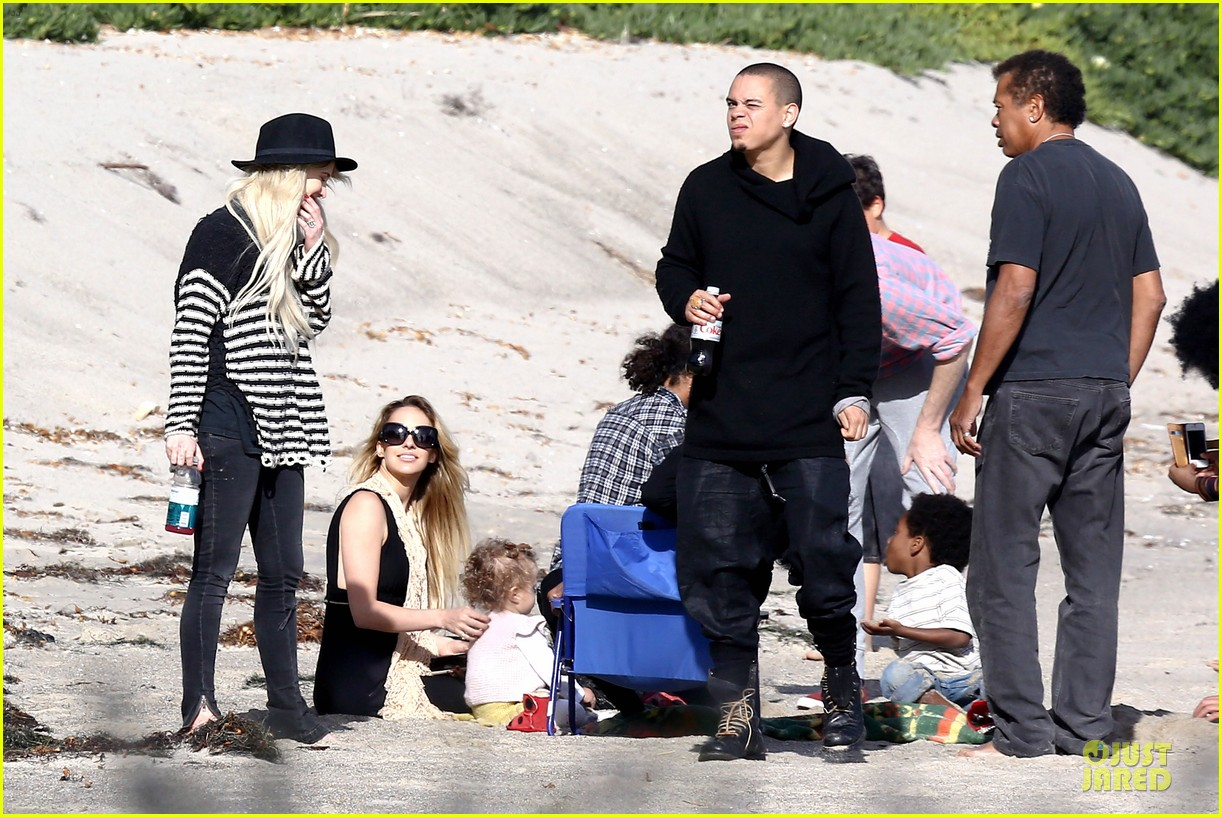 ashlee simpson evan ross beach with diana ross 16