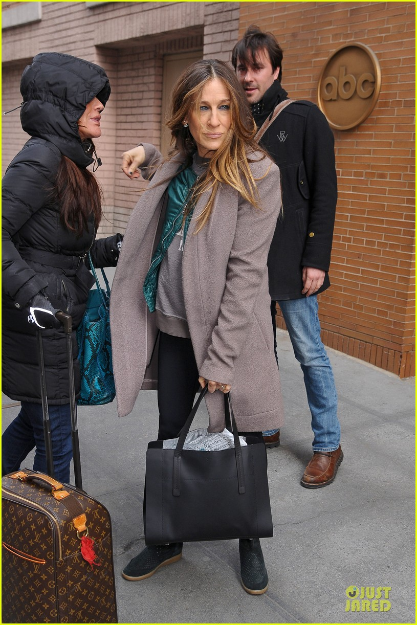 sarah jessica parker answers 73 questions watch now 013072164