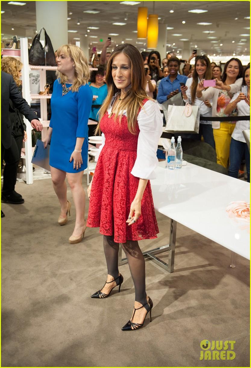 sarah jessica parker promotes her shoe line in florida 013068710