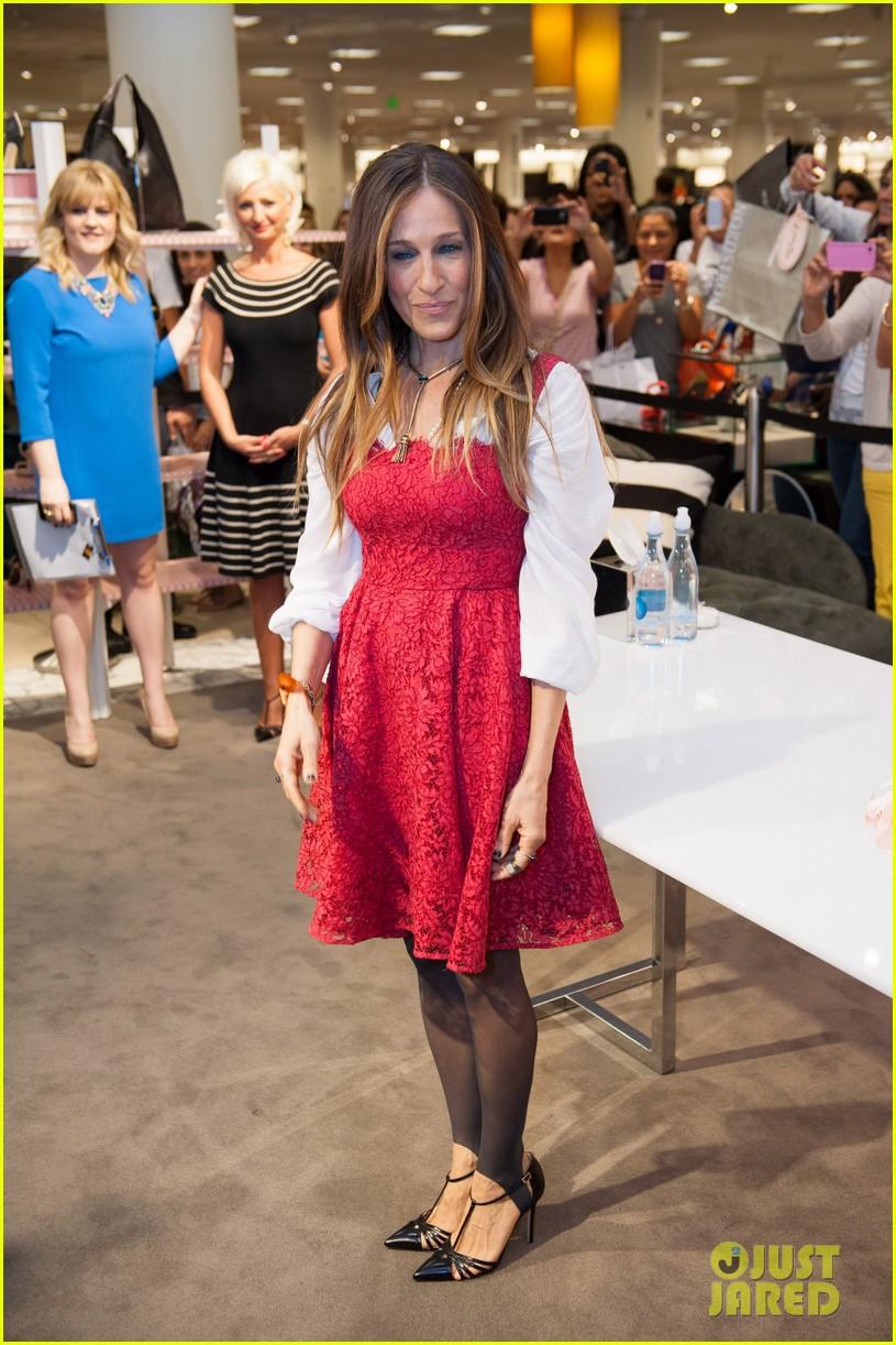 sarah jessica parker promotes her shoe line in florida 123068721