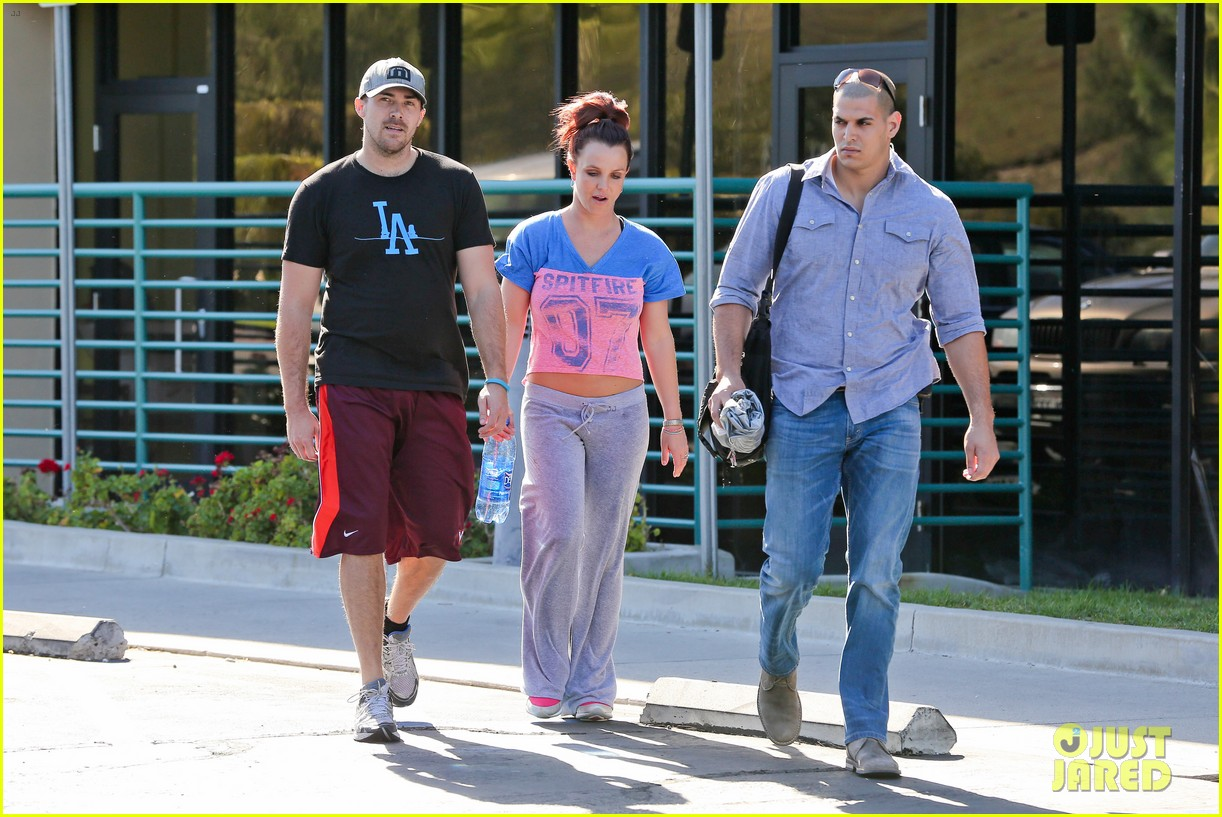 britney spears boyfriend david lucado sweat it out together 193070779
