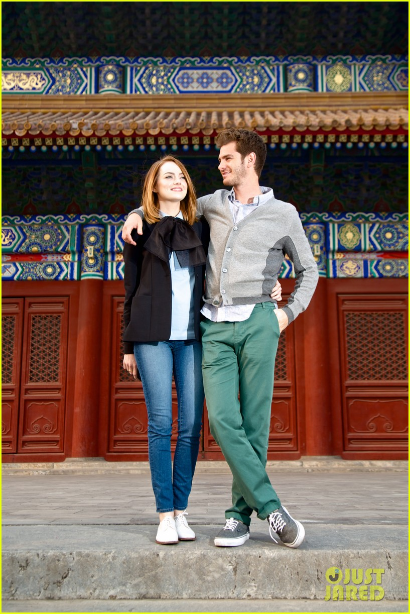 emma stone andrew garfield keep touring asia continue being the cutest couple 043078916
