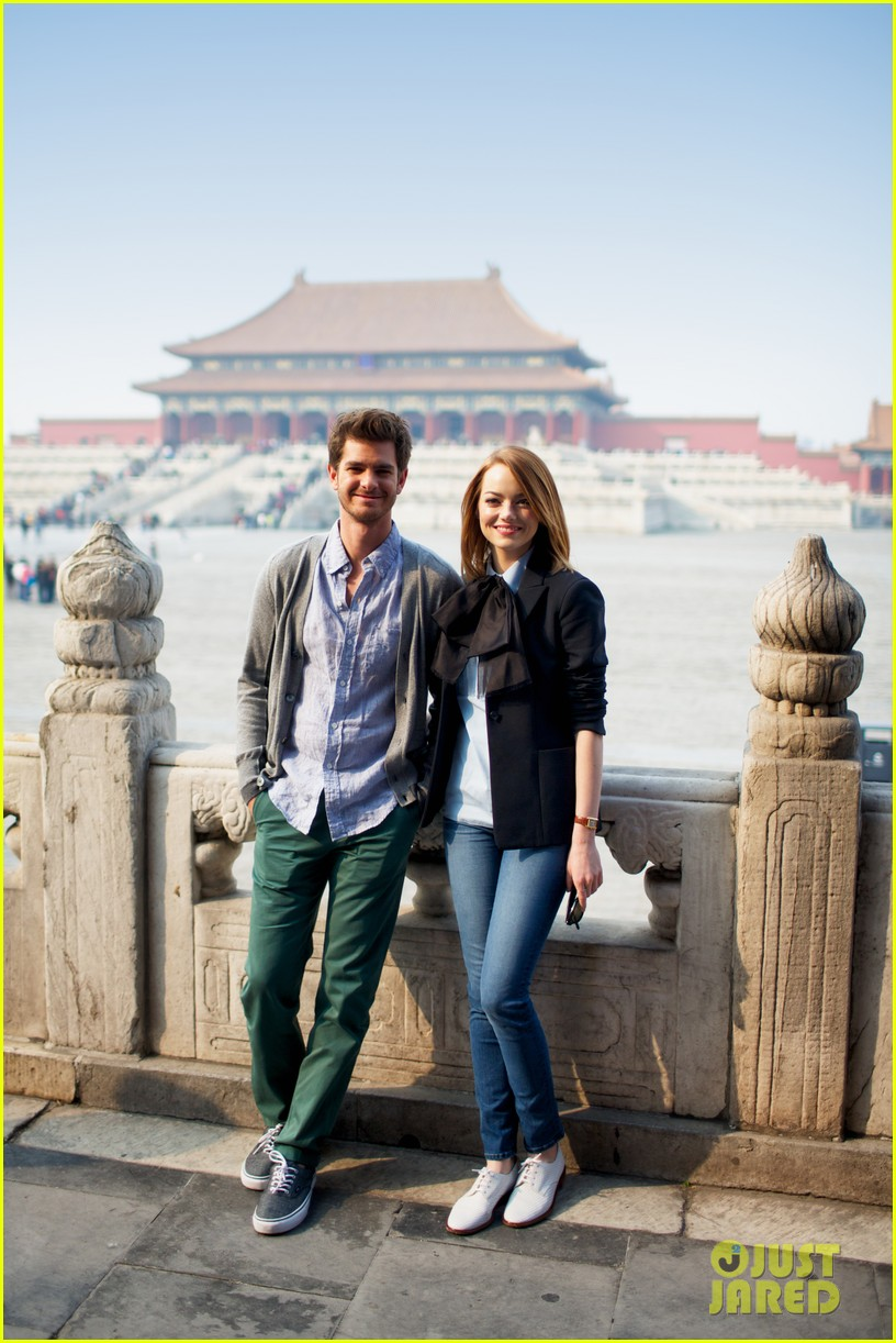 emma stone andrew garfield keep touring asia continue being the cutest couple 063078918