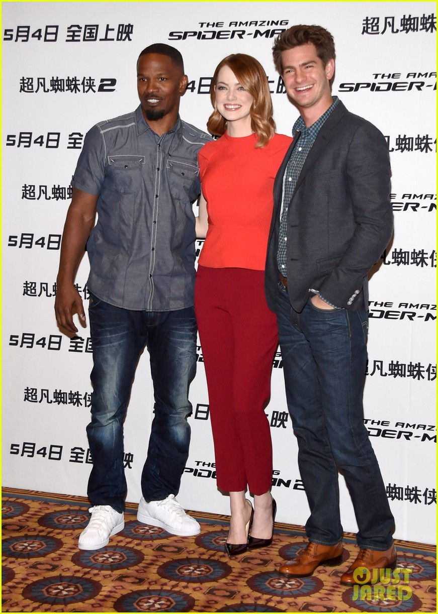 emma stone andrew garfield jamie foxx super trio amazing spider man 2 press conference 053078314