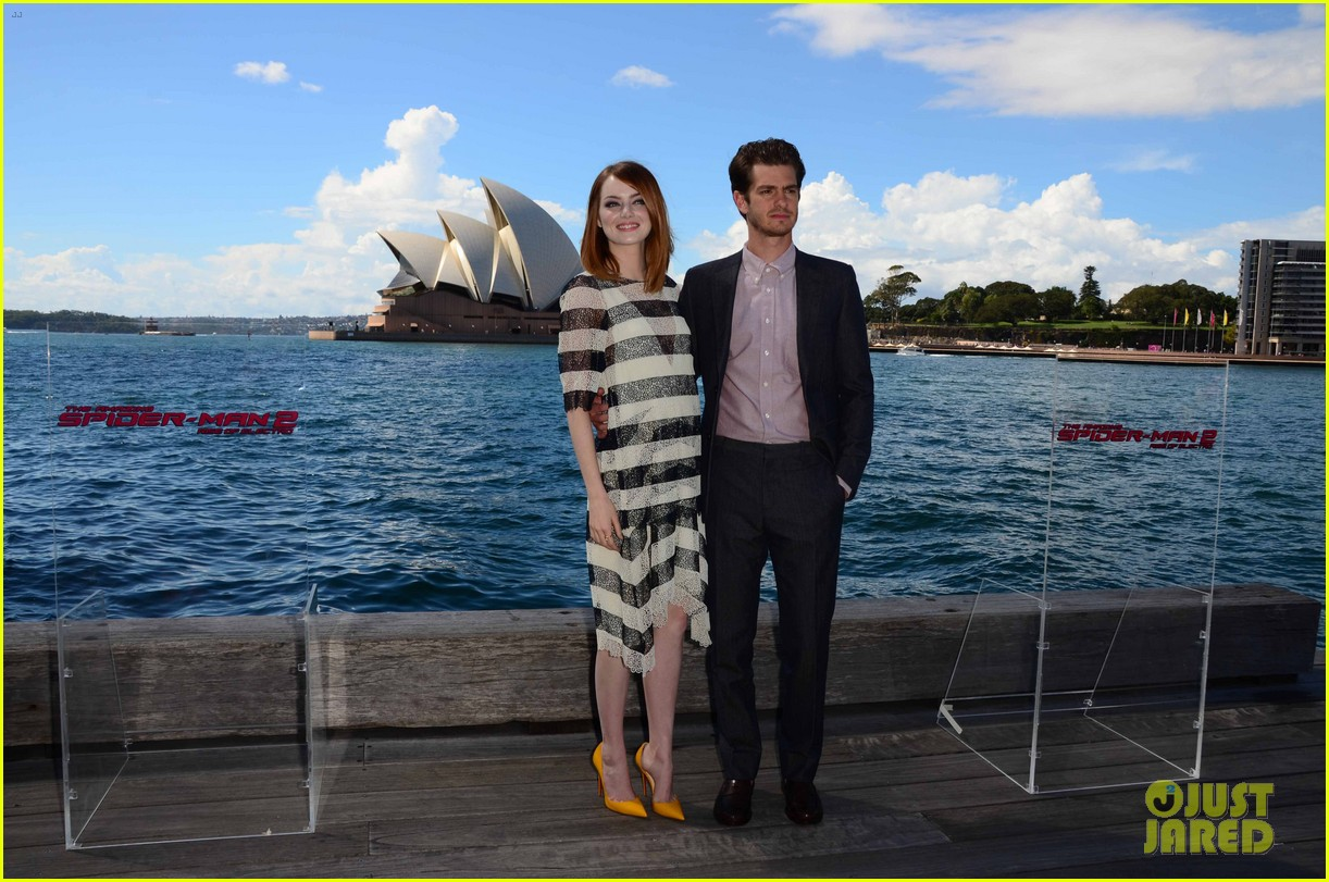 emma stone andrew garfield spider man sydney photo call 083075024