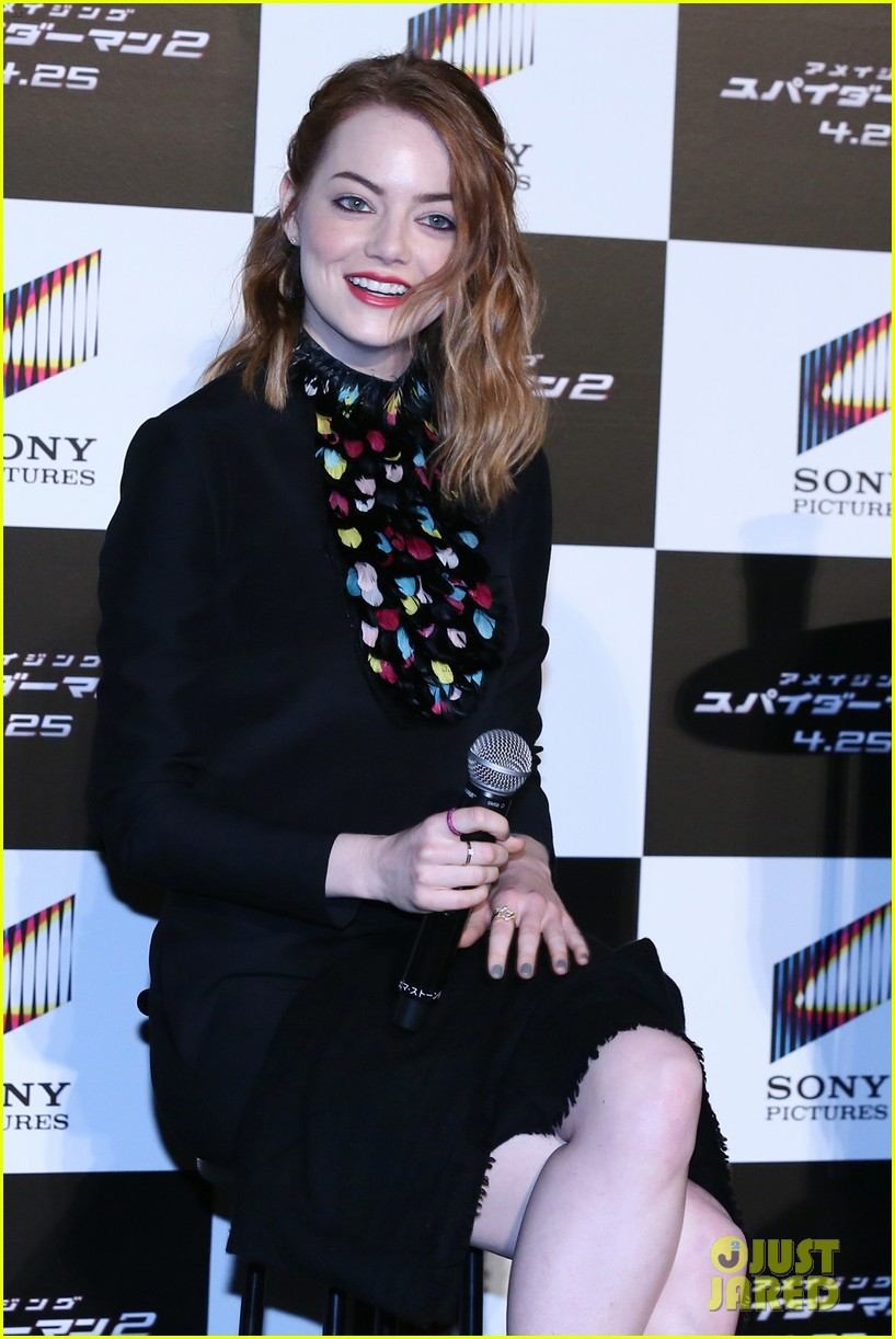 emma stone andrew garfield hit tokyo for amazing spider man 2 press conference 113082084