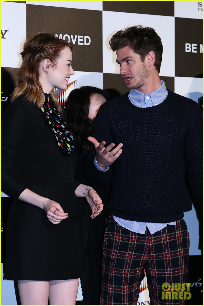 emma stone andrew garfield hit tokyo for amazing spider man 2 press conference 143082087