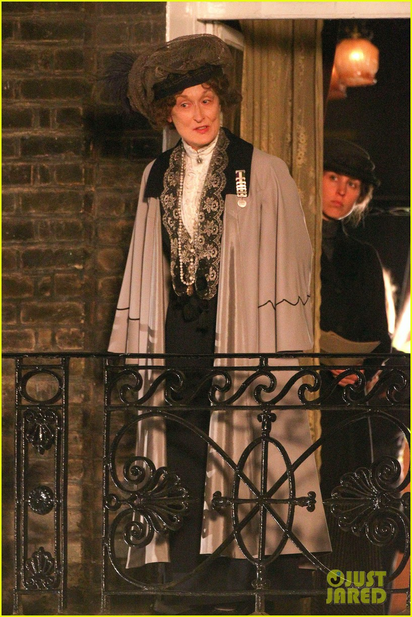 meryl streep first look on set at suffragette 053078350