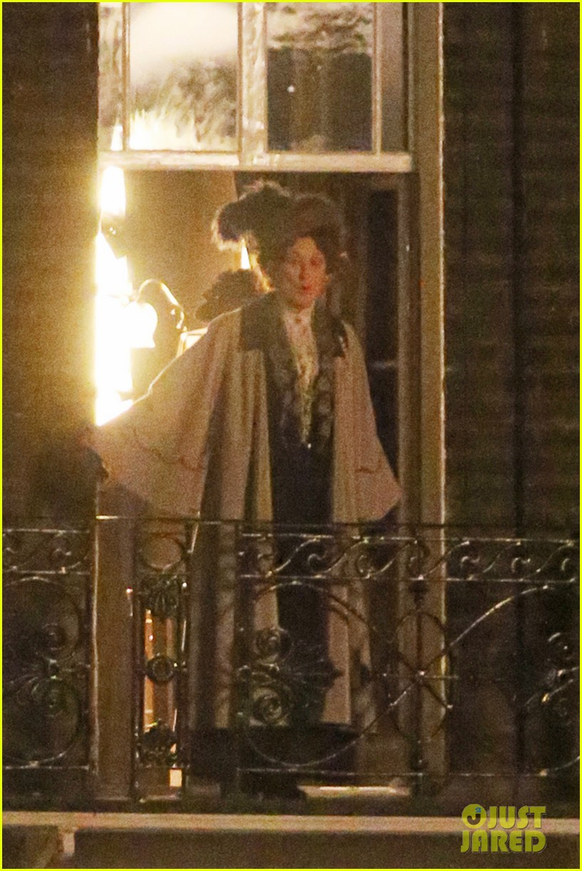 meryl streep first look on set at suffragette 183078363