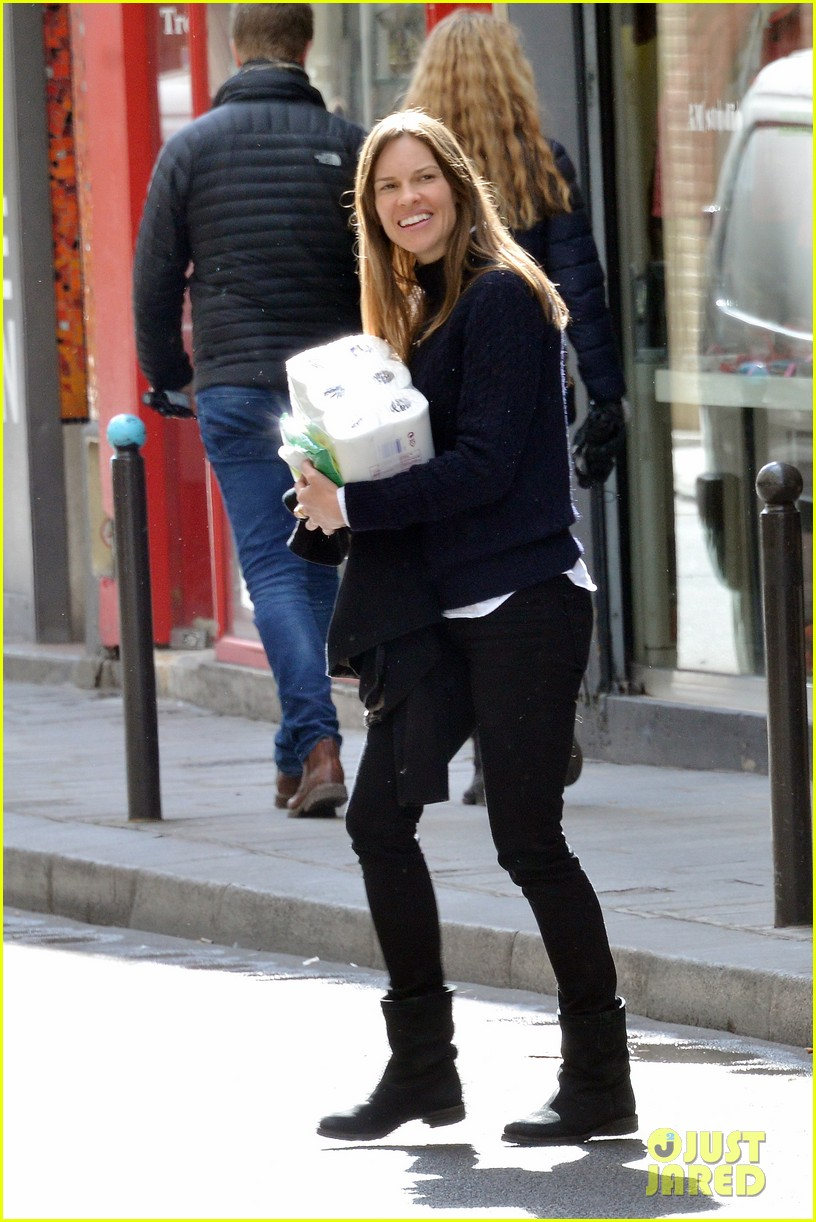 hilary swank treats her two rescue pups to a leisurely parisian stroll 103077035