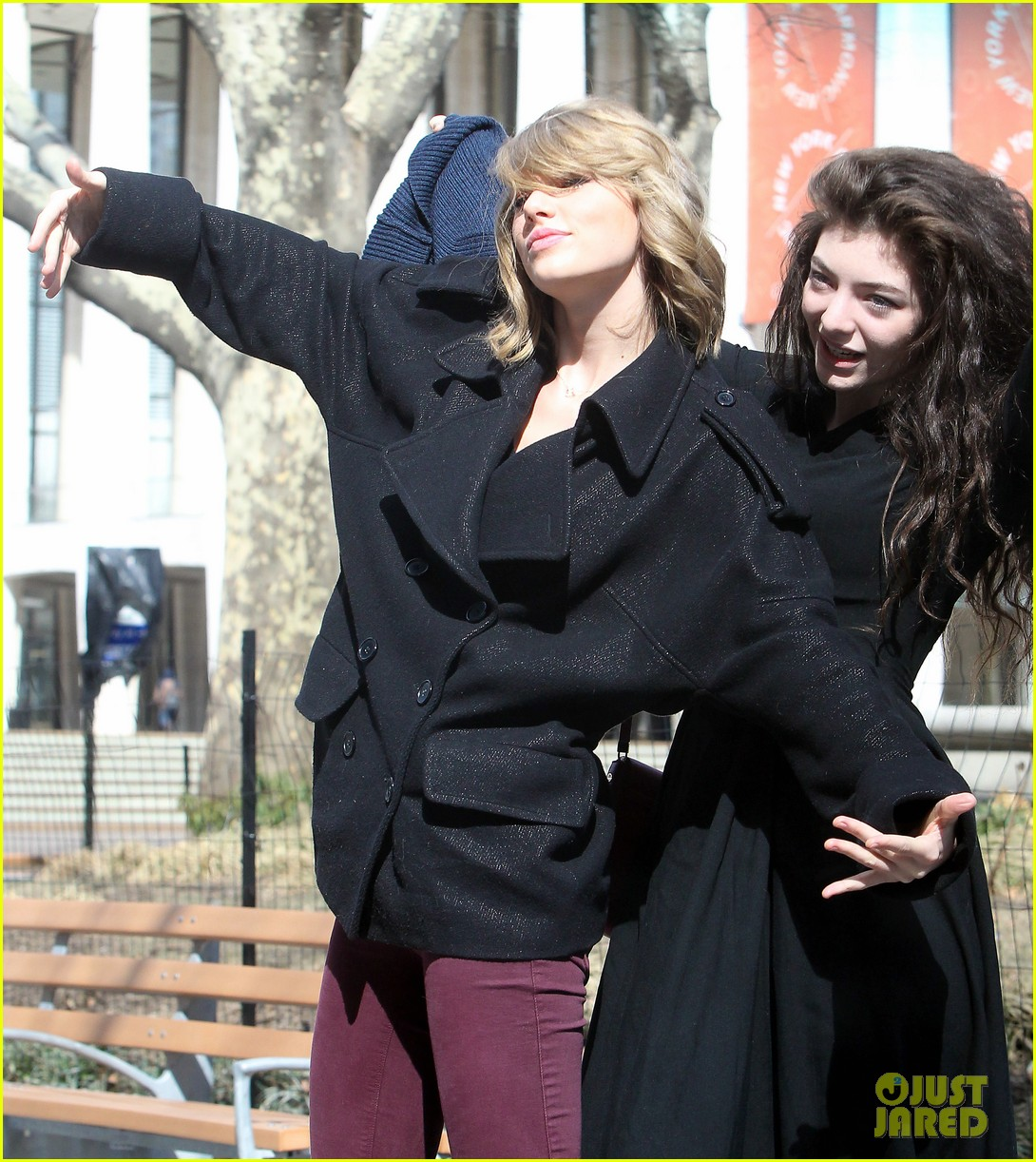 taylor swift lorde get silly in nyc 04