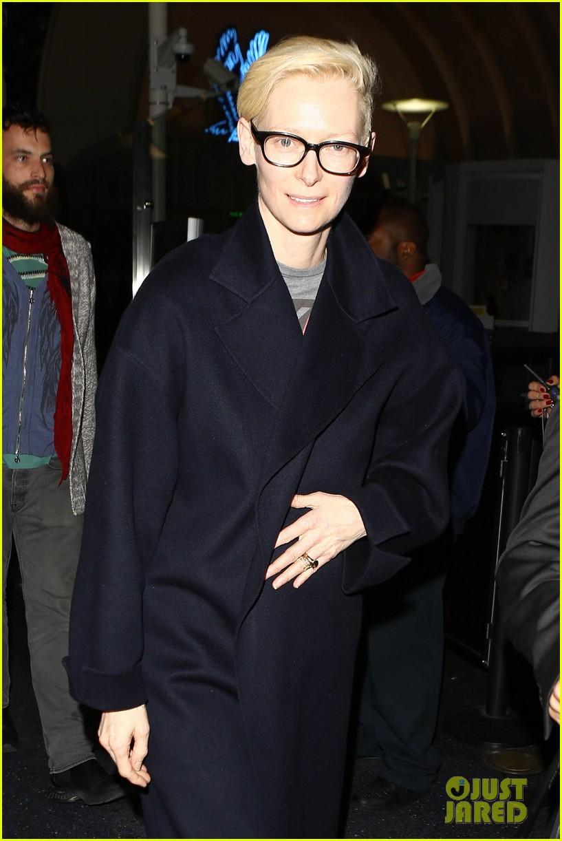 tilda swinton tom hiddleston sexy vampires 02