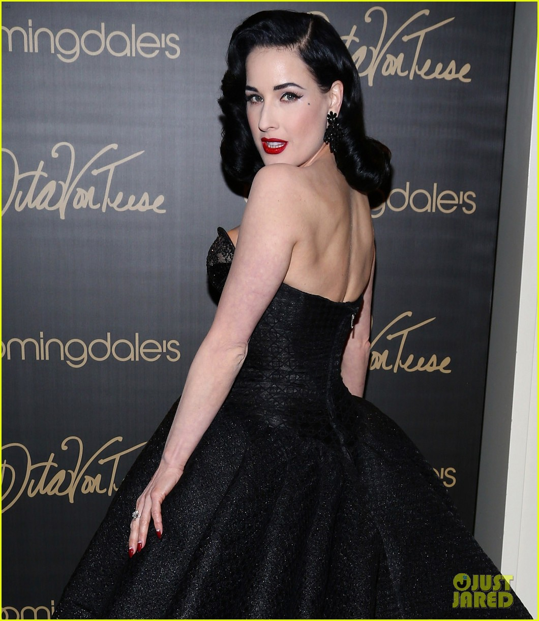 dita von teese stuns at her bloomingdales lingerie collection launch 043076019