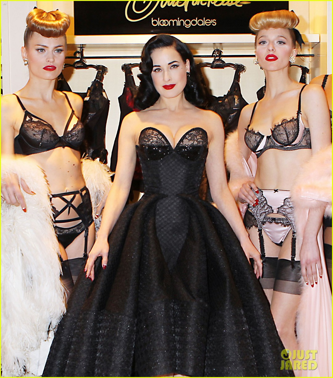 dita von teese stuns at her bloomingdales lingerie collection launch 073076022