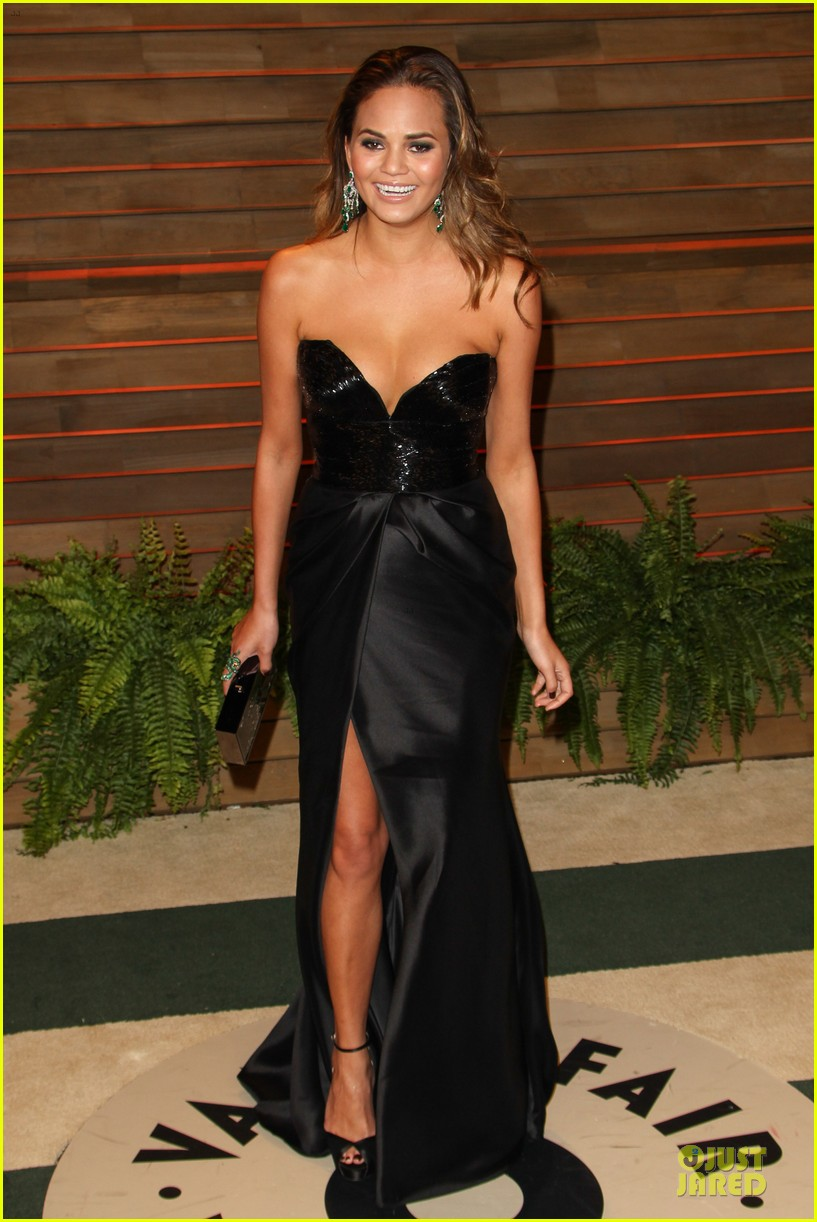 chrissy teigen john legend vanity fair oscars party 2014 03