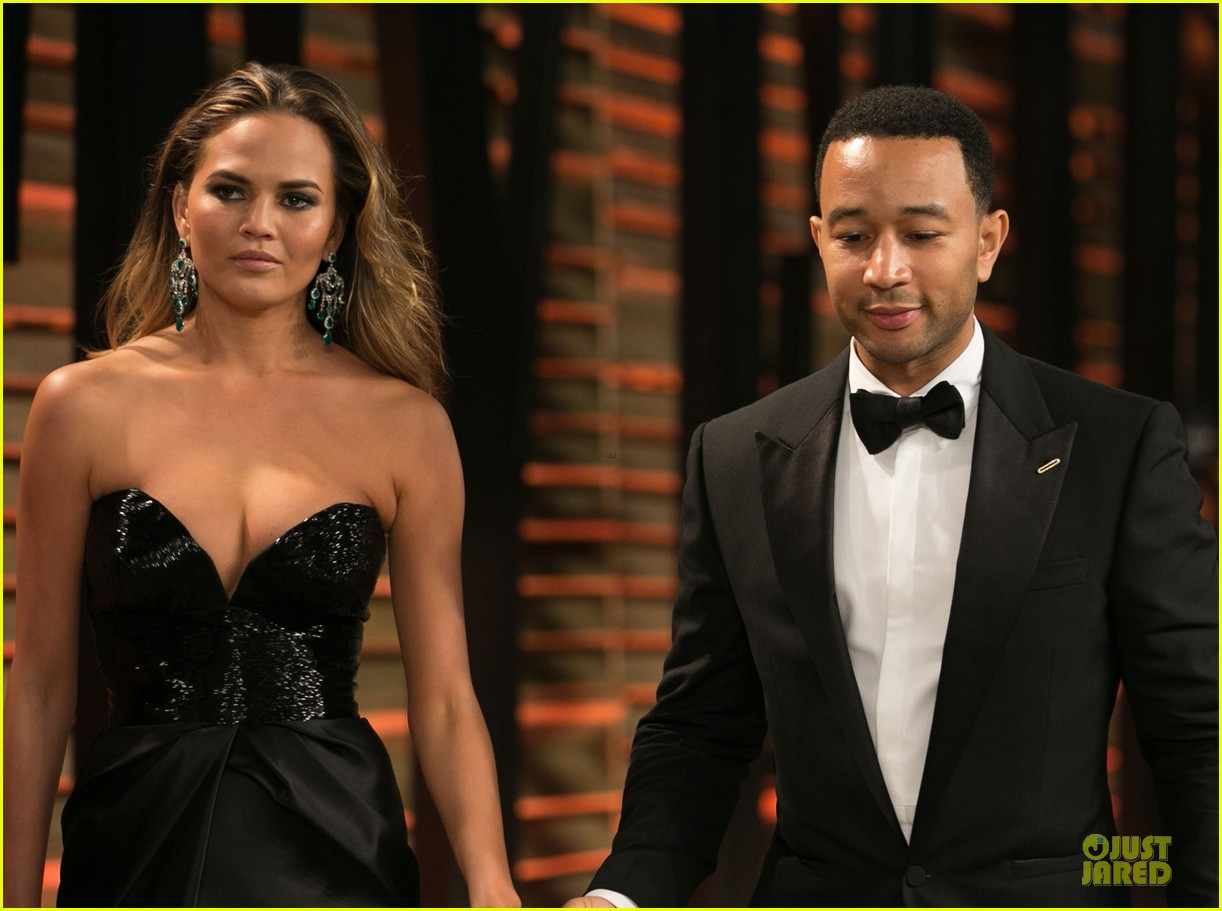 chrissy teigen john legend vanity fair oscars party 2014 063065049