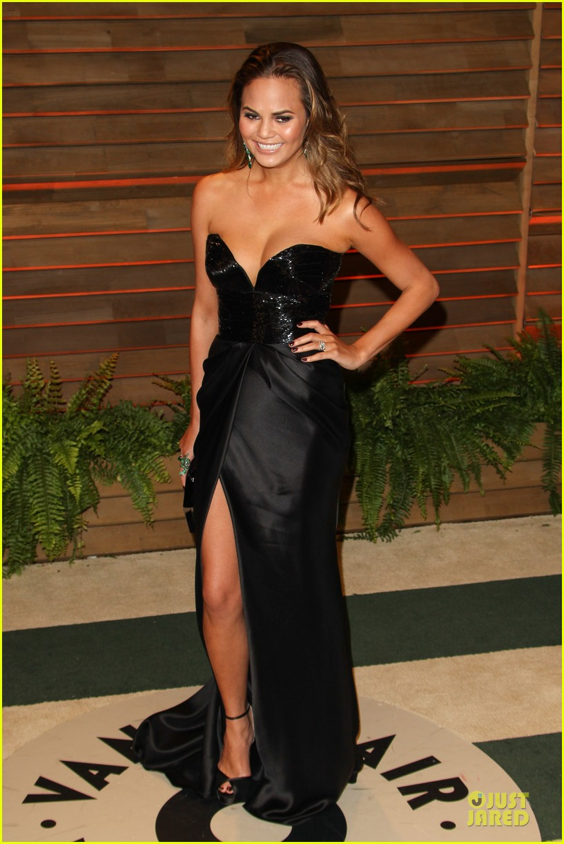 chrissy teigen john legend vanity fair oscars party 2014 10
