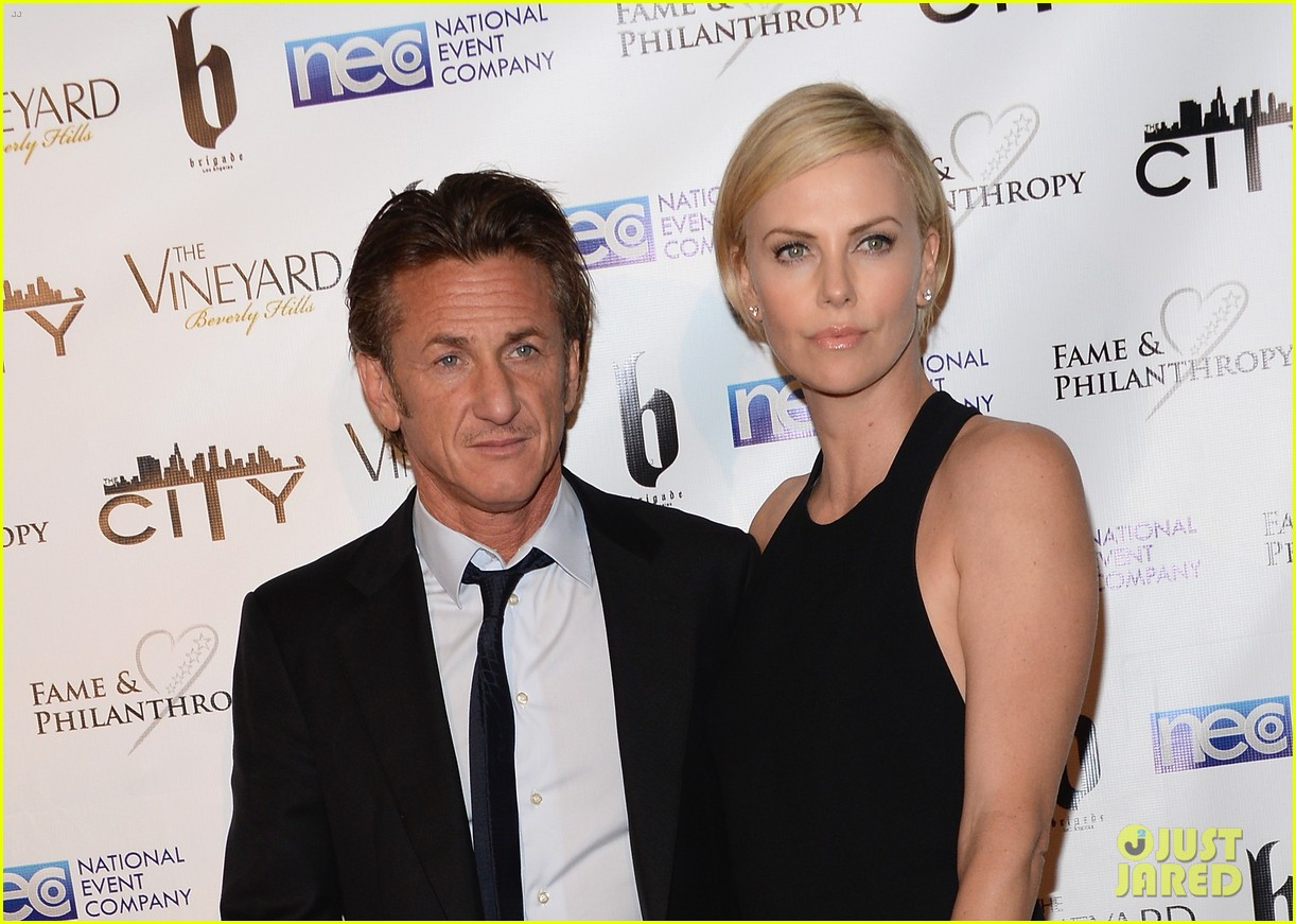 charlize theron sean penn walk first red carpet together at oscars 2014 party 043064643
