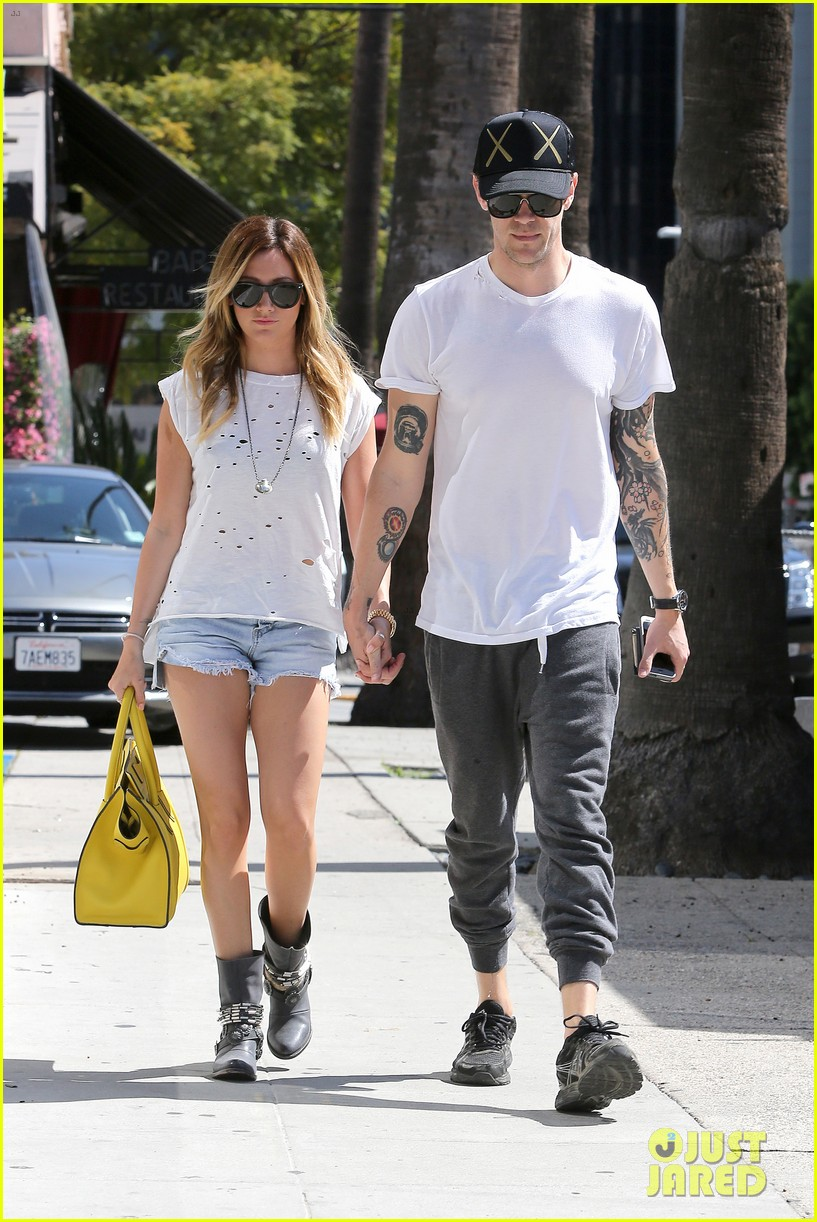 ashley tisdale style in three words 243071510