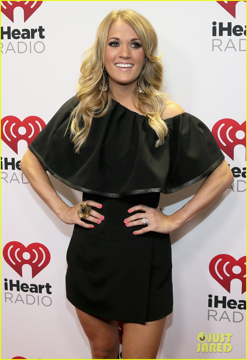 carrie underwood hunter hayes iheartradio country festival 033081449