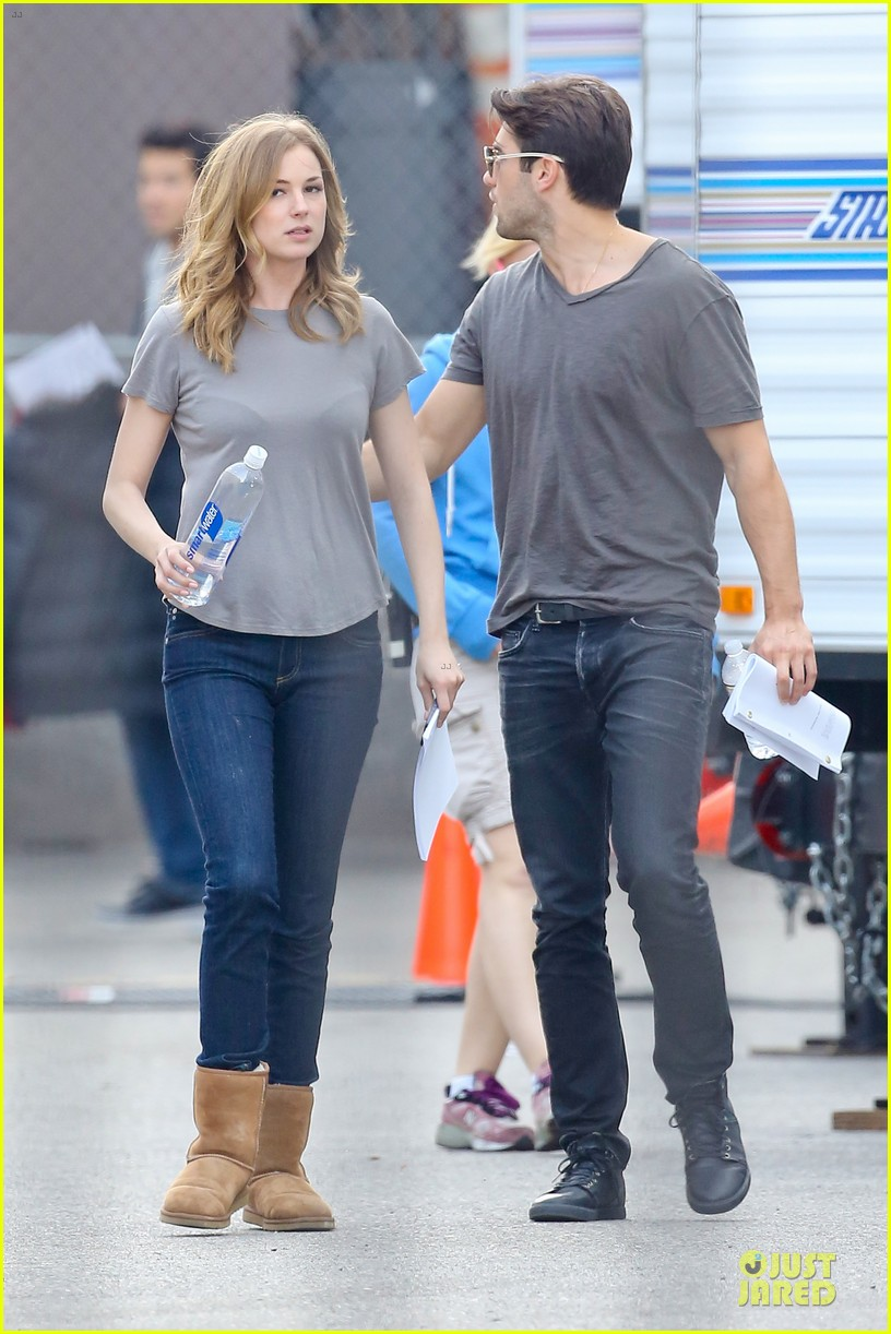 emily vancamp josh bowman wrapped up 273078148