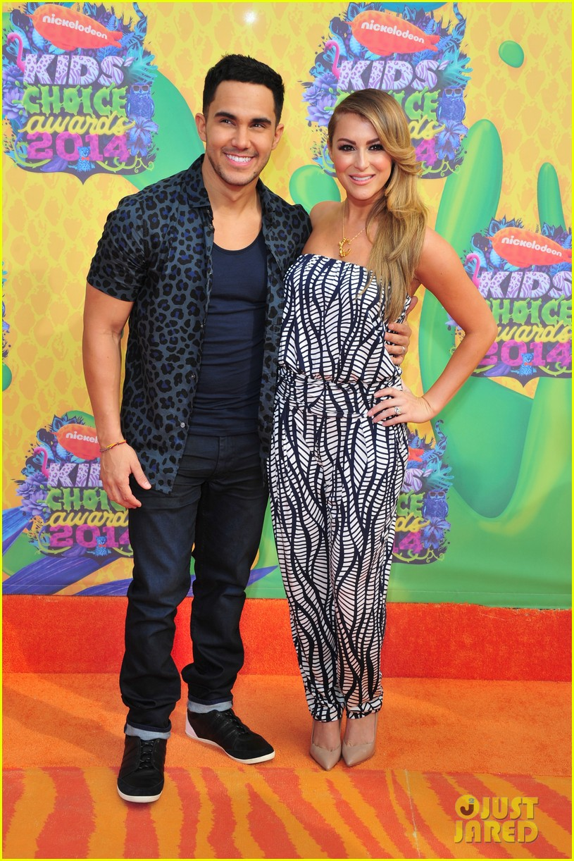 alexa carlos penavega kids choice awards 2014 01