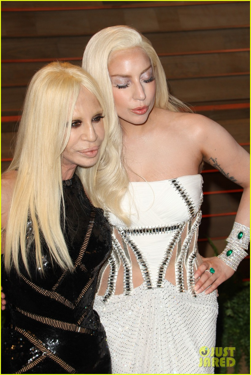 donatella versace vanity fair oscars party 2014 with lady gaga nolan gerard funk 07