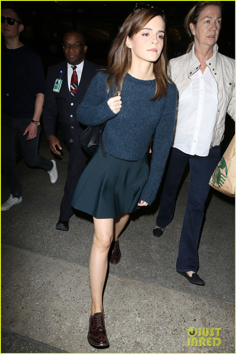 emma watson arrives in los angeles for noah premiere 063074708