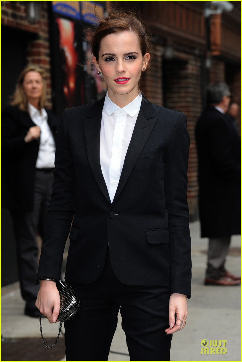 emma watson suit late show with david letterman 023078514