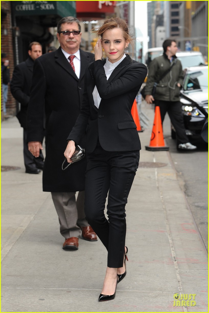 emma watson suit late show with david letterman 073078519
