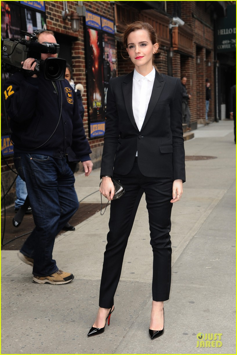 emma watson suit late show with david letterman 093078521
