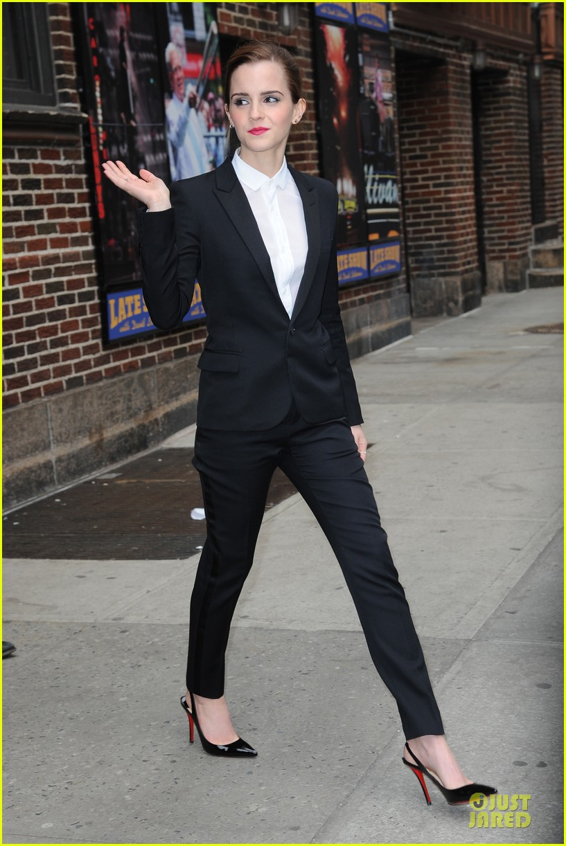emma watson suit late show with david letterman 103078522