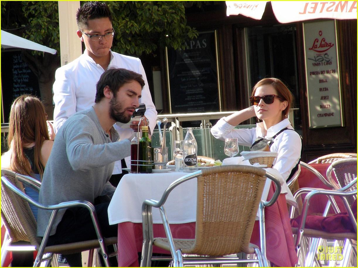 emma watson enjoys lunch with matthew janney 033074181