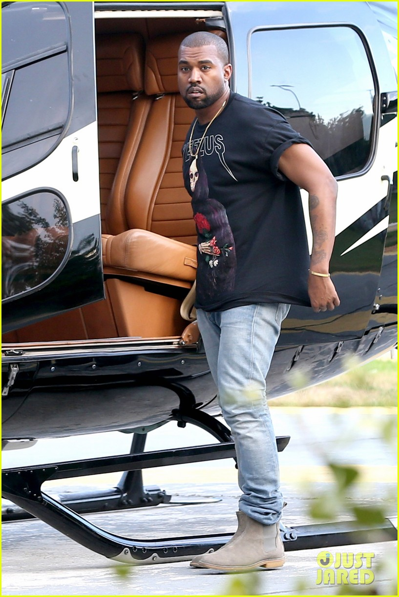 kanye west helicopter tour rio 053069088